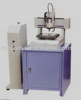 Milling and engraving machine