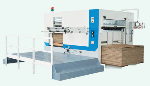 Die cutting & creasing machine
